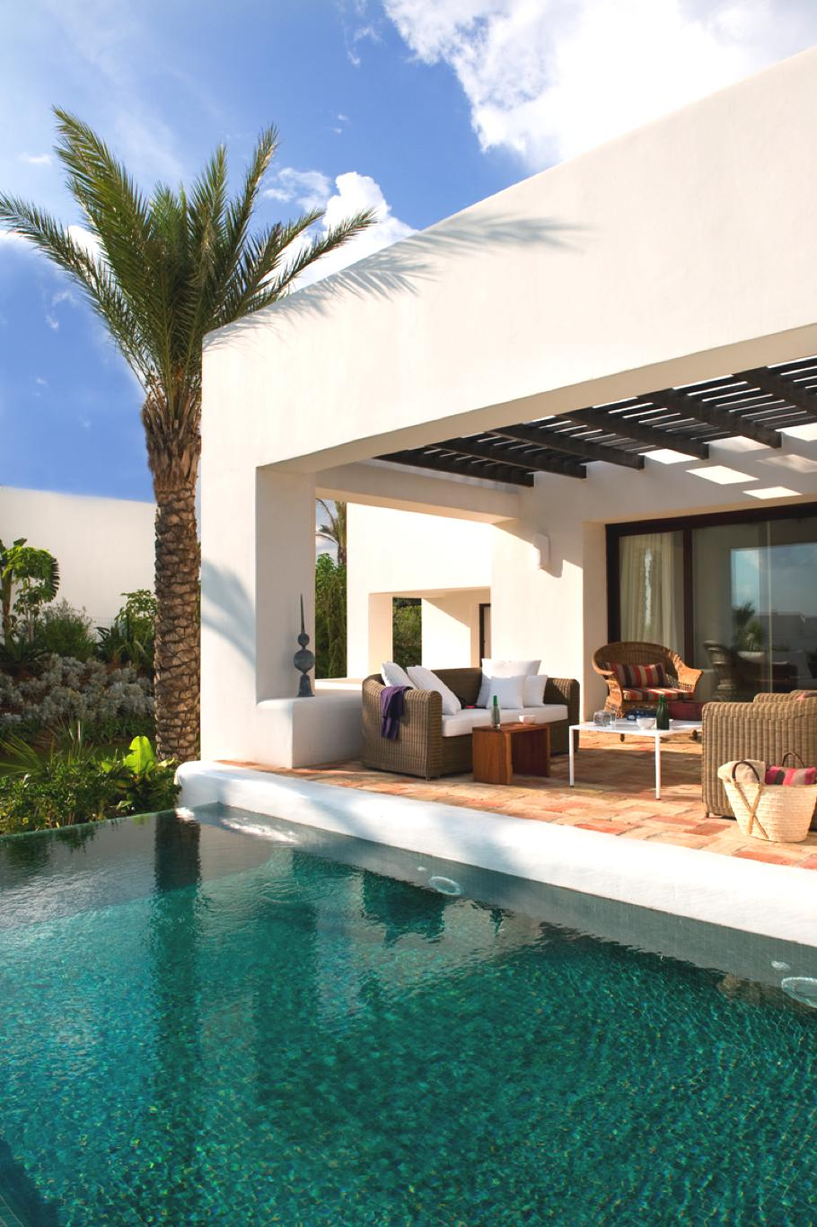 Andaluc an grandeur at the finca cortesin hotel golf and for Design hotels spain