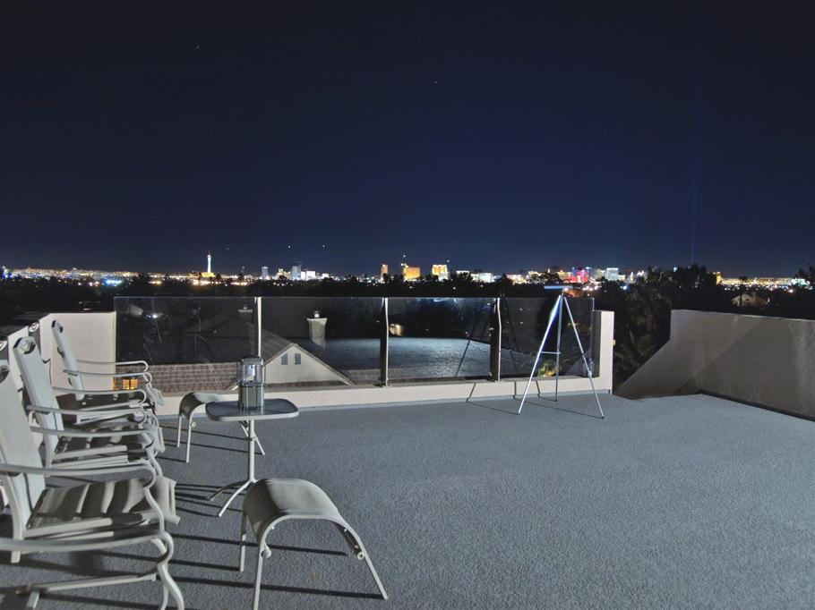 Luxury-Las-Vegas-Apartment-Tenaya-Residence-23