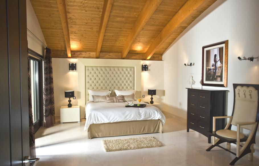 Luxury-Spanish-Villa-Marbella-01