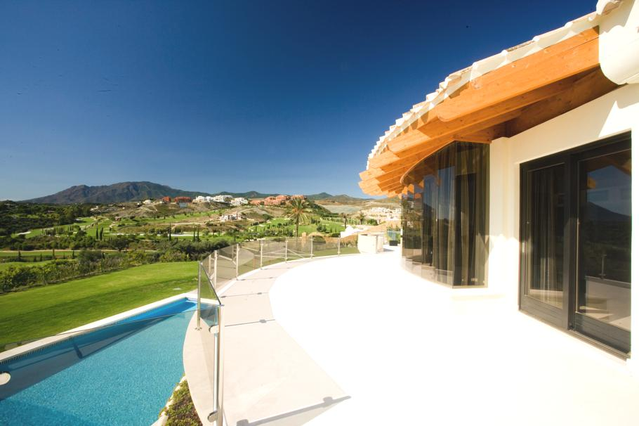 Luxury-Spanish-Villa-Marbella-08