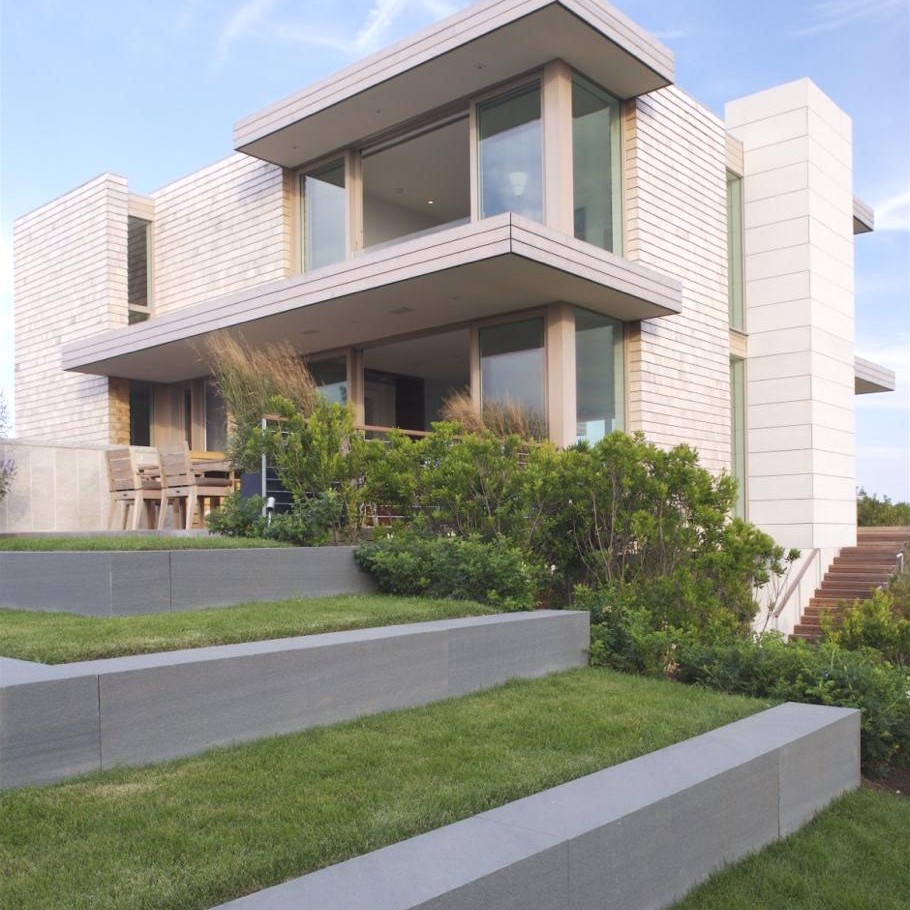Contemporary-House-Dune-Road-Residence-New-York 1