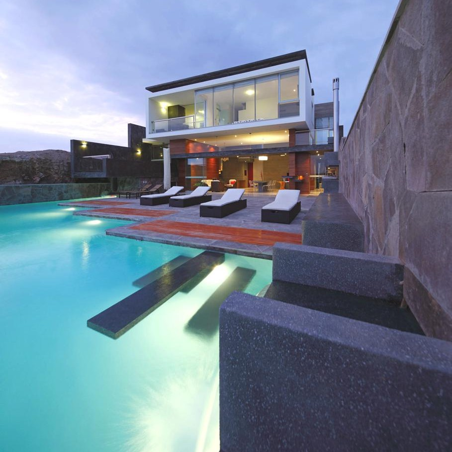 Contemporary-Beach-House-Peru-07