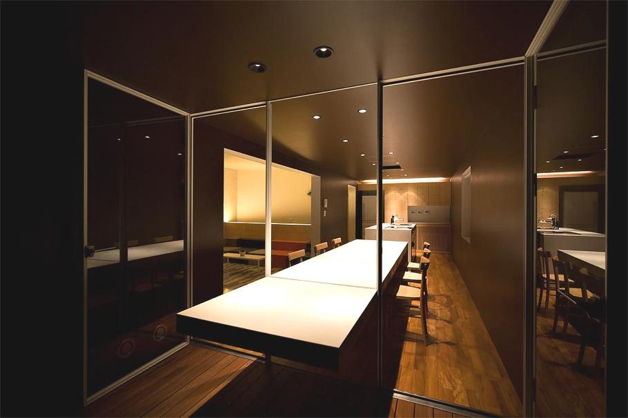 Contemporary-Holiday-Rental-Home-Japan-06