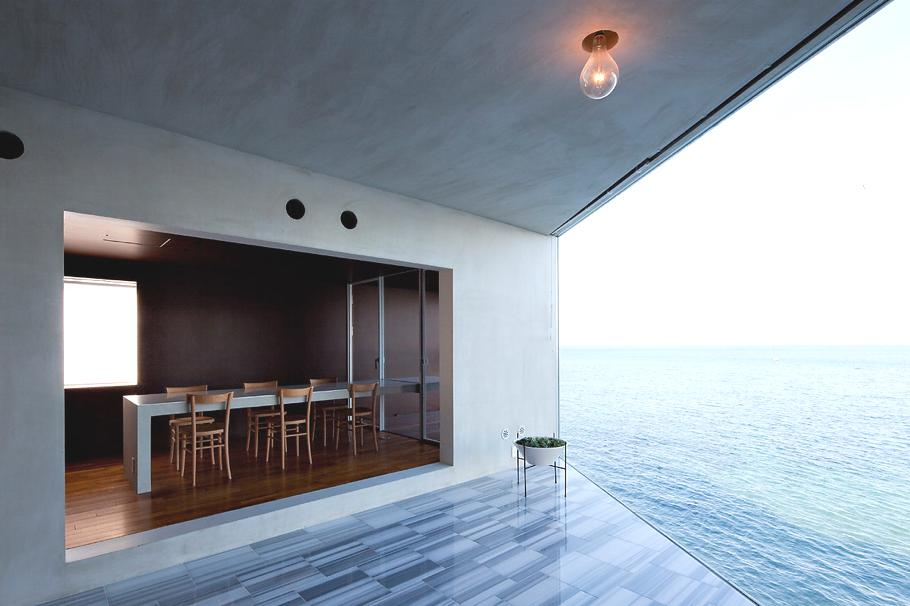 Contemporary-Holiday-Rental-Home-Japan-07