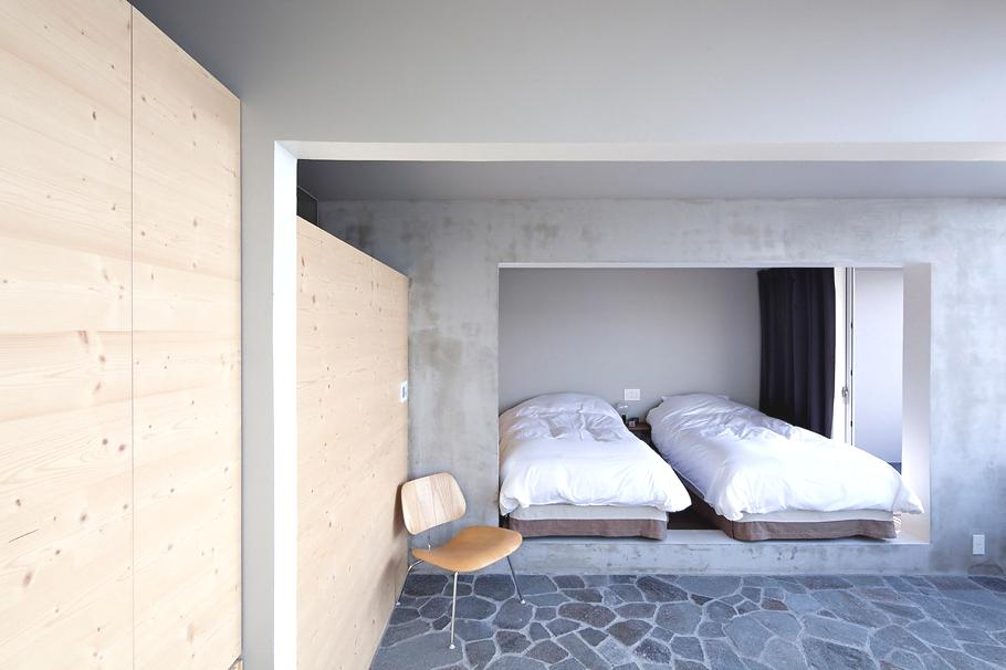 Contemporary-Holiday-Rental-Home-Japan-13