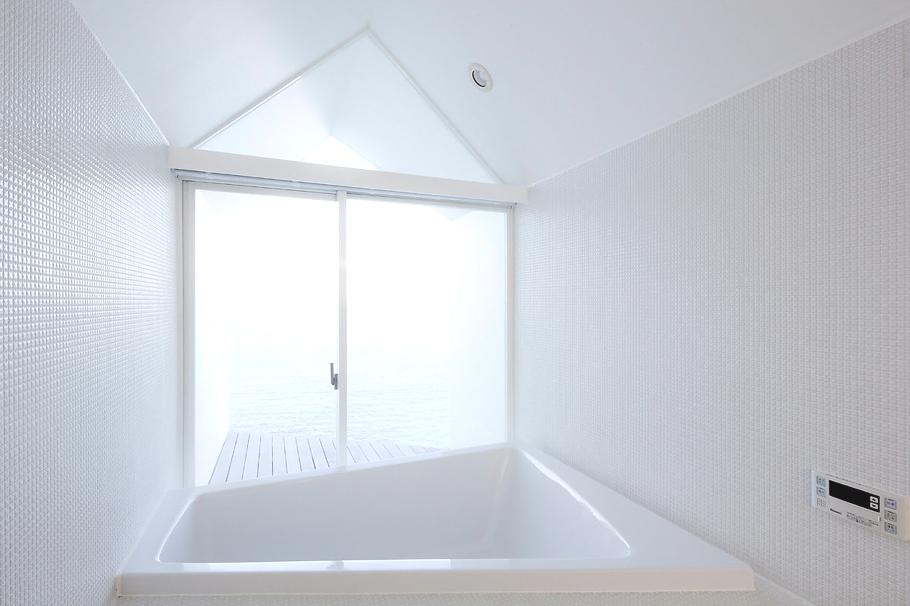 Contemporary-Holiday-Rental-Home-Japan-17