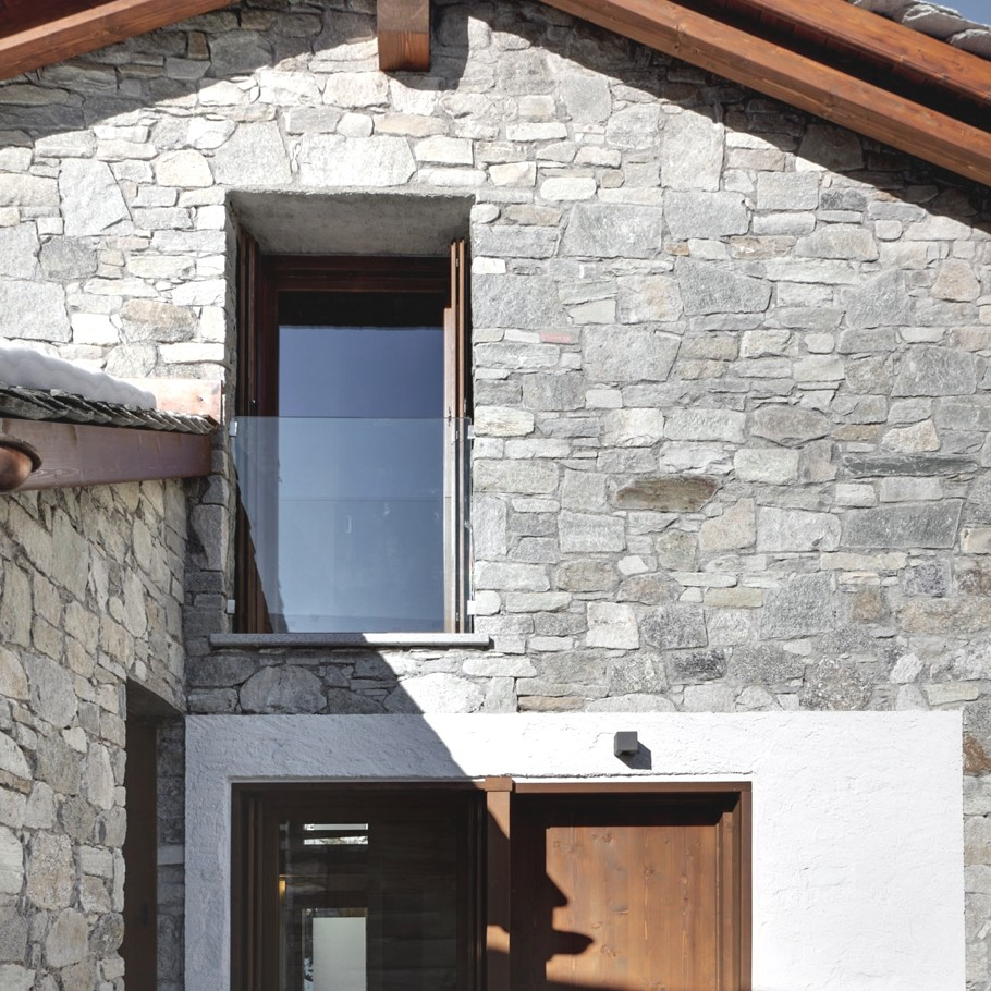 Contemporary-Italian-Barn-Lombardy-Region-06