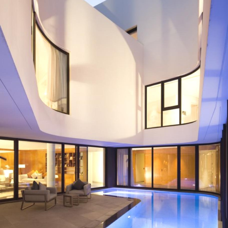 Contemporary-Home-Kuwait-02