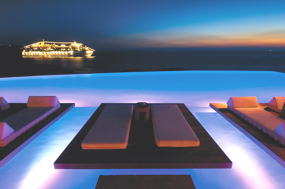 The luxury cavo tagoo hotel greece adelto adelto for Top design hotels mykonos