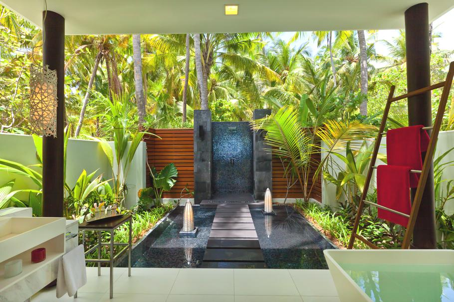 Luxury-Resort-Maldives-07