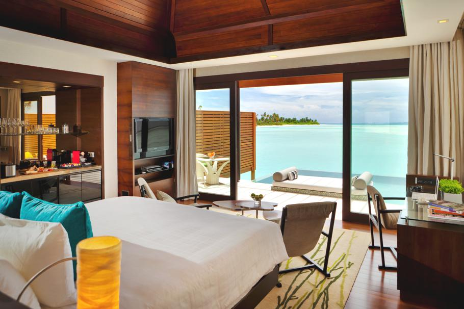 Luxury-Resort-Maldives-11