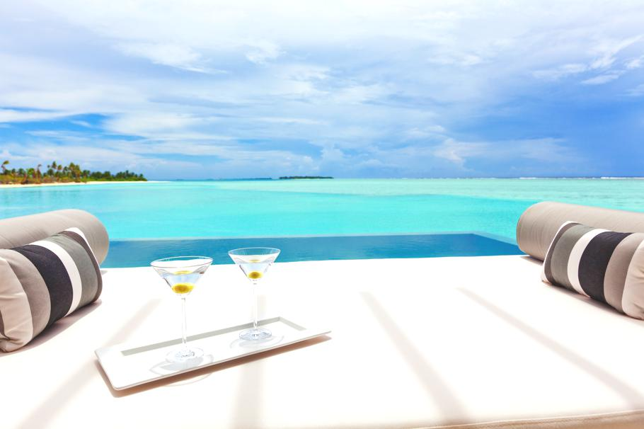 Luxury-Resort-Maldives-14