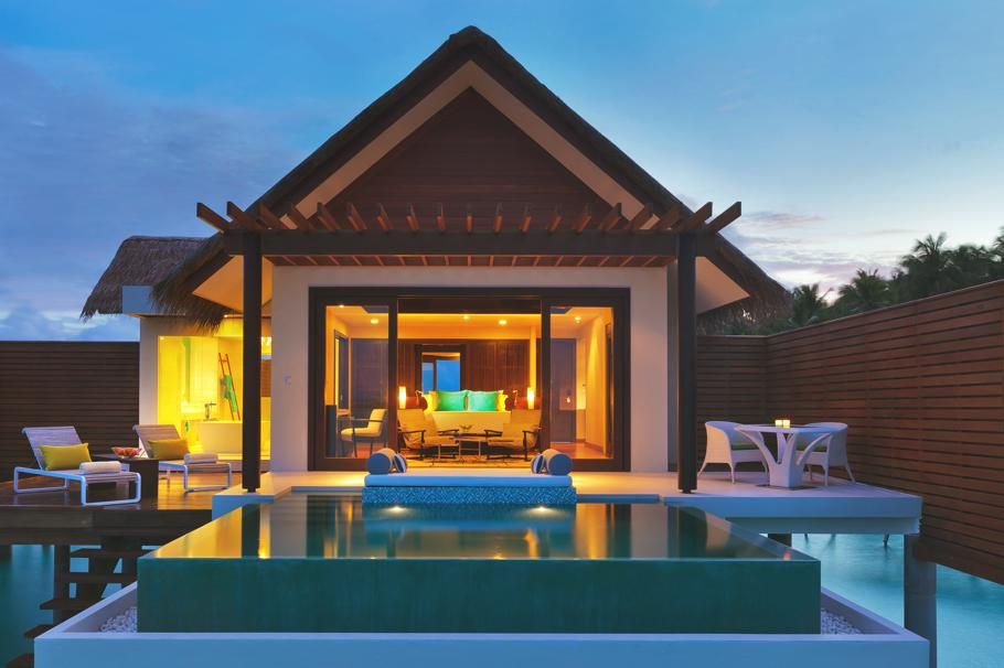 Luxury-Resort-Maldives-15