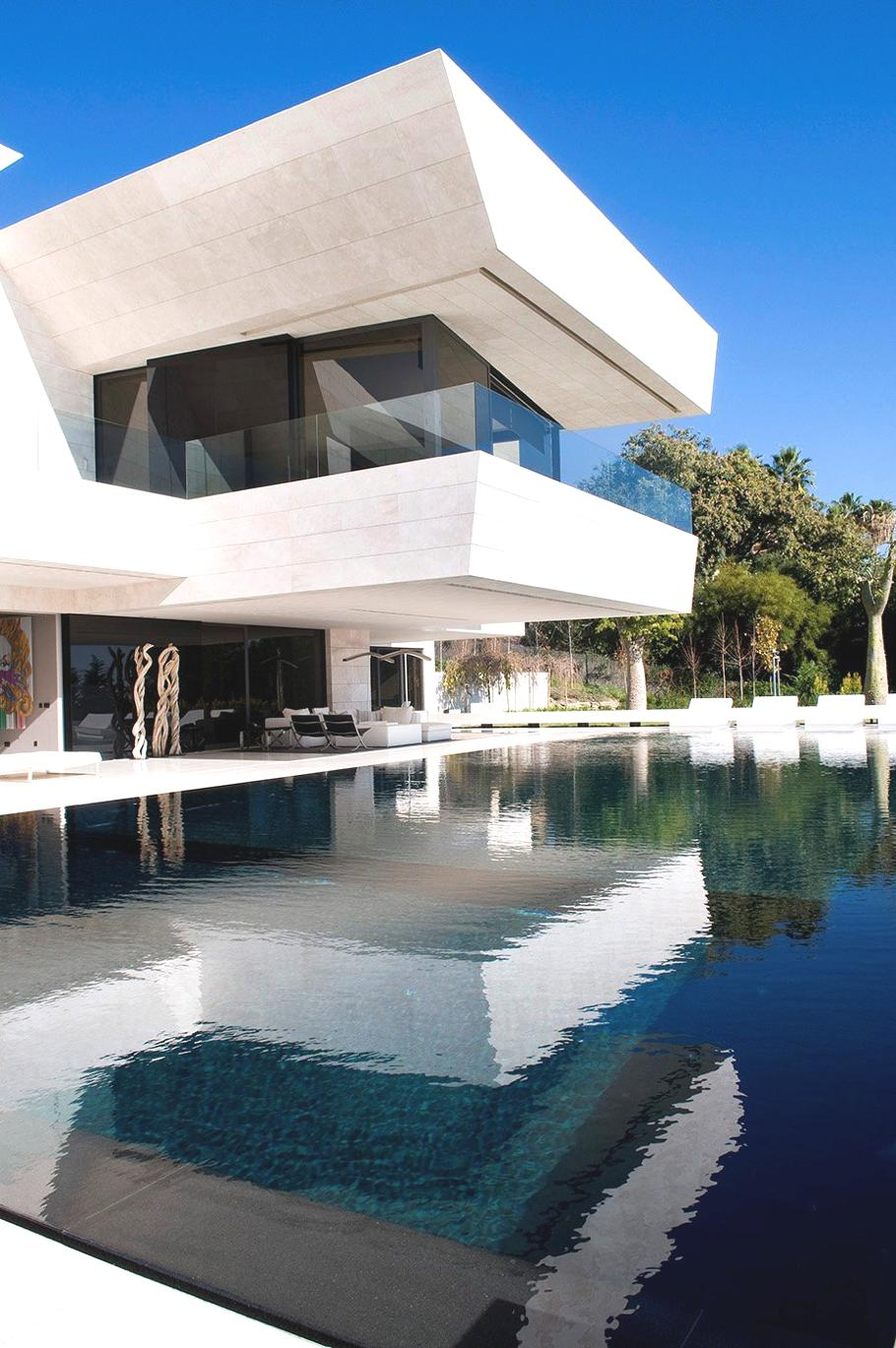 Luxury-Spanish-Home-Marbella-21