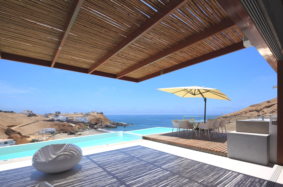 Contemporary-Beach-House-Peru-05-jpg