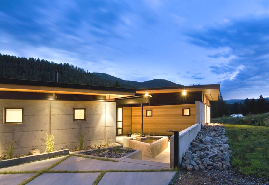 Contemporary-Home-Montana-02
