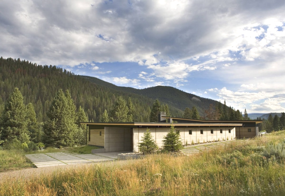 Contemporary-Home-Montana-07