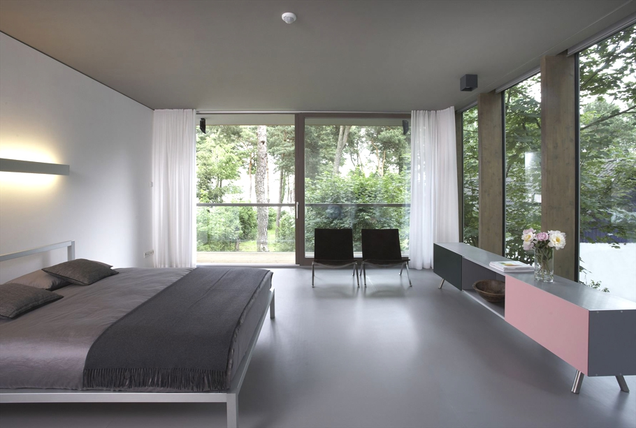 Contemporary-Minimum-House-Germany-11