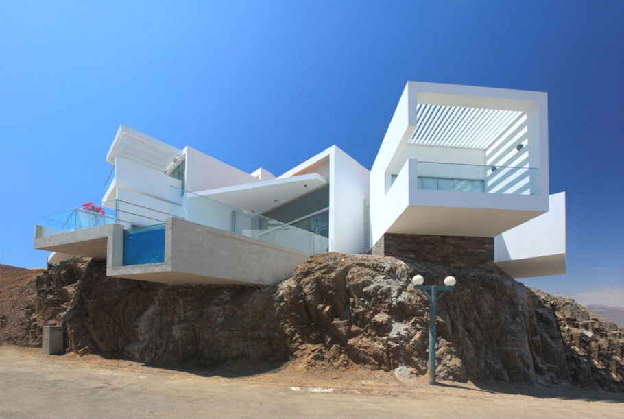 Contemporary-Property-Lima-01