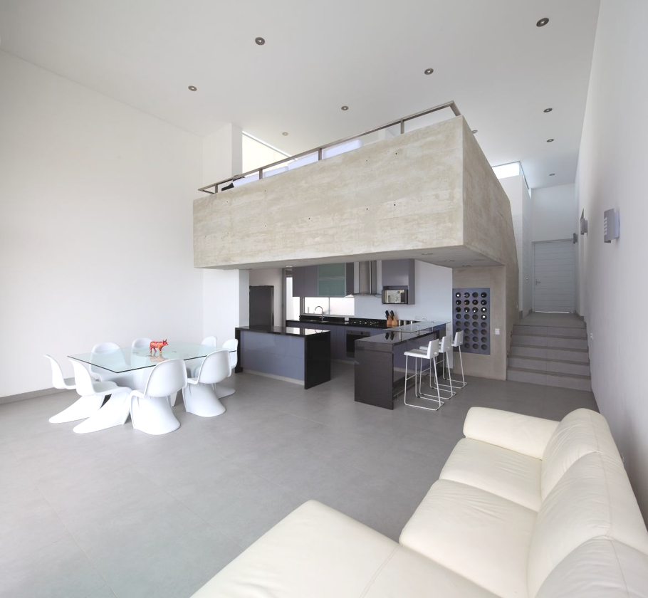Contemporary-Property-Lima-08