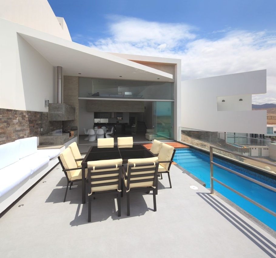 Contemporary-Property-Lima-09