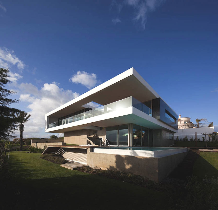 Contemporary-Property-Portugal-02
