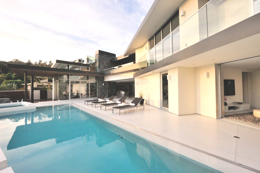 Luxury-Hollywood-Property-01