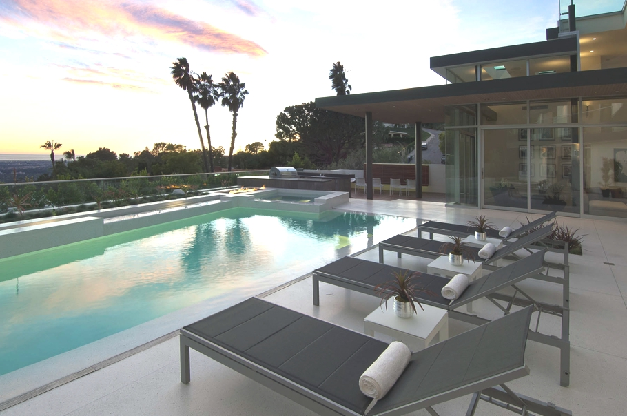 Luxury-Hollywood-Property-02
