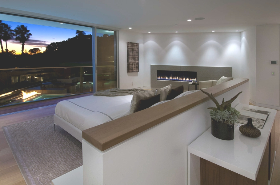 Luxury-Hollywood-Property-17