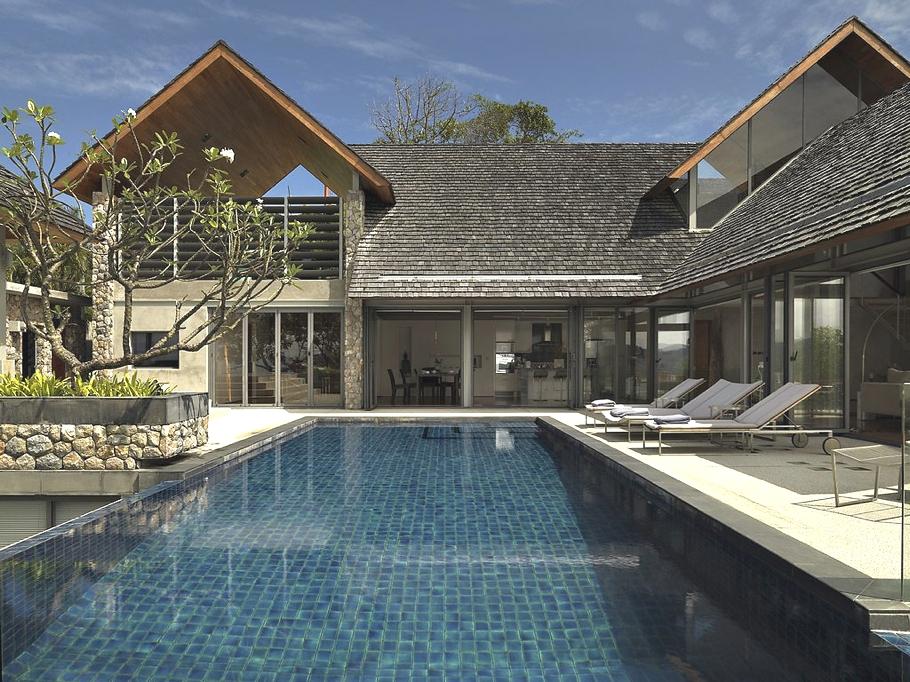 Luxury-Oceanfront-Villa-Kamala-01