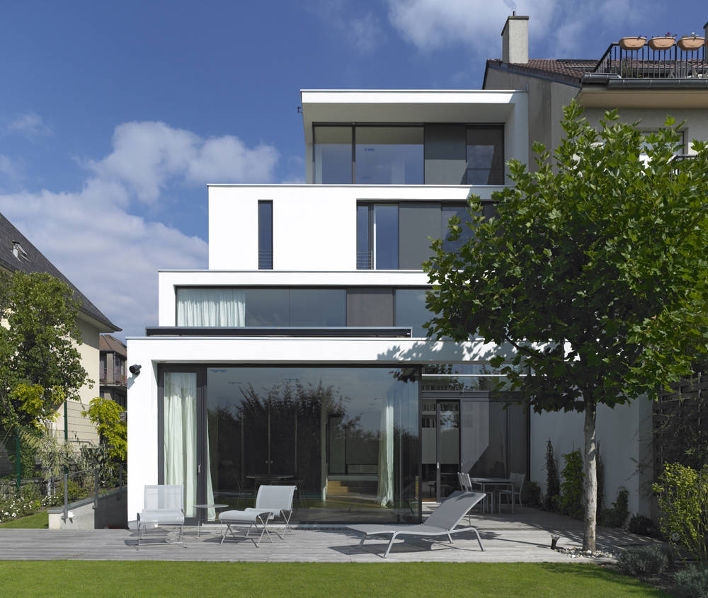 Eco chic home luxembourg adelto adelto for Luxembourg homes