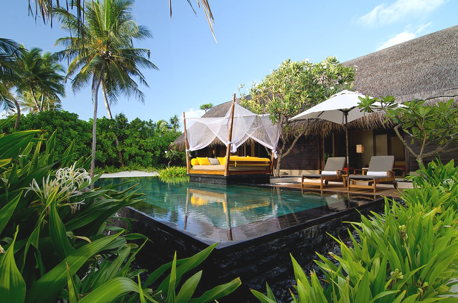 The luxury one only reethi rah resort maldives adelto for Luxury hotel reservations