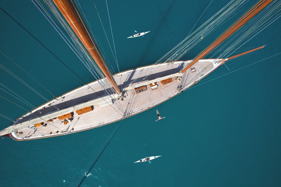 Luxury-Yacht-ELANA-04