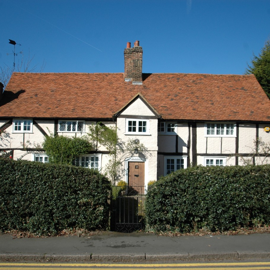 Traditional-English-Cottage-10