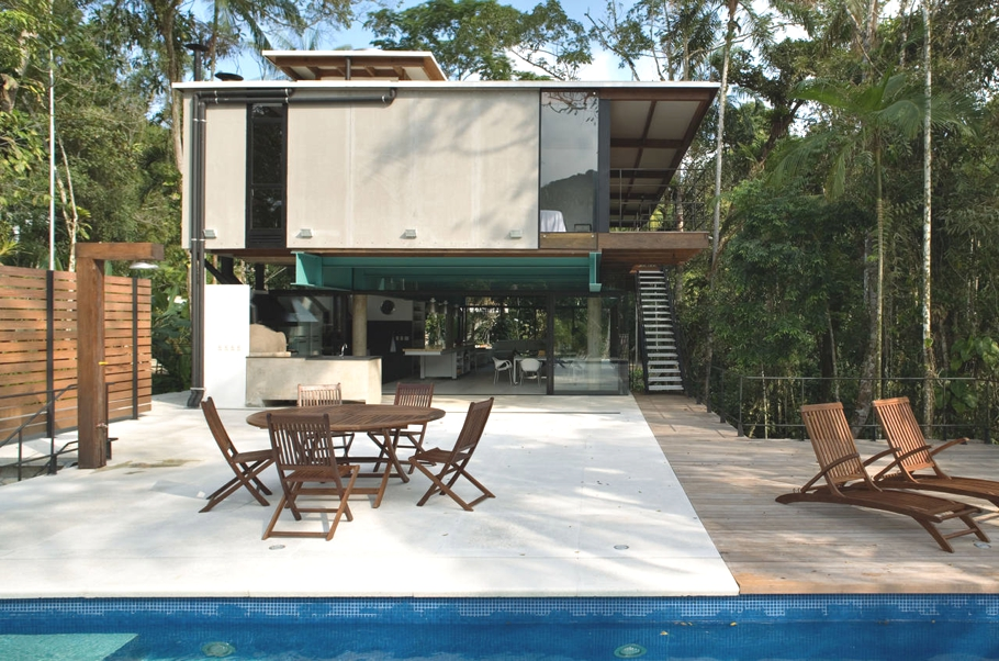 Contemporary-Brazilian-Property-02