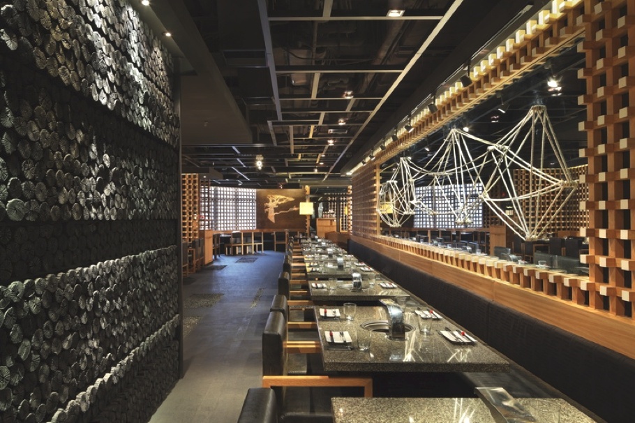 Chic yakiniku master japanese restaurant shanghai for International decor designs