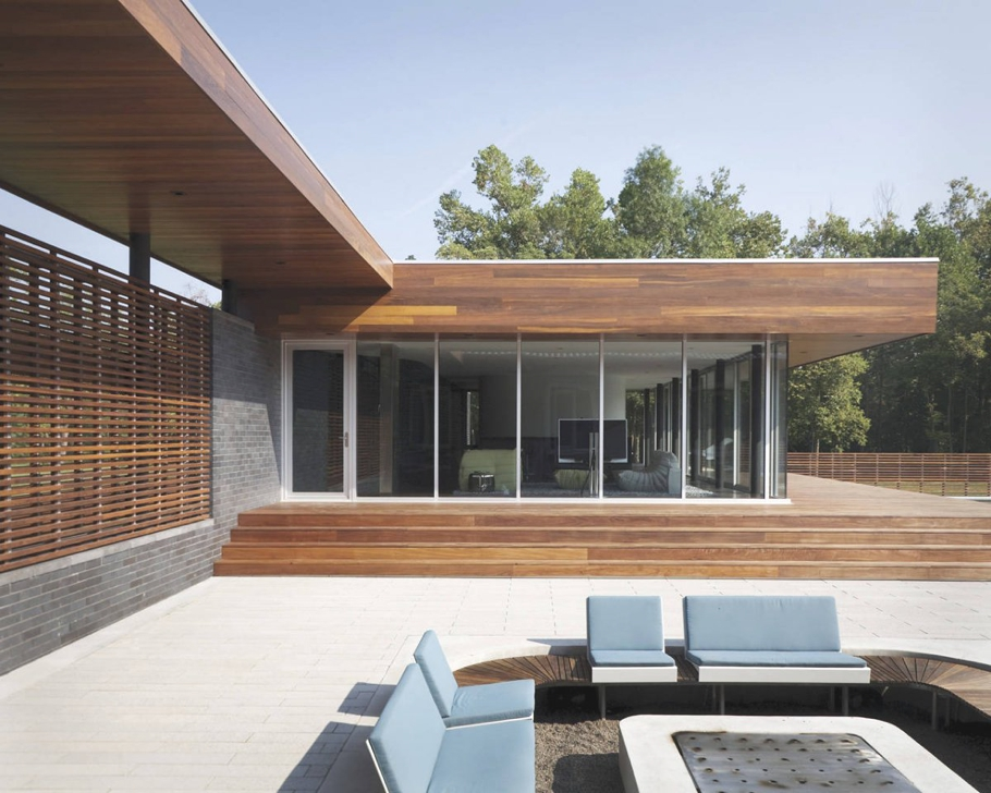 Contemporary-Property-Missouri-08