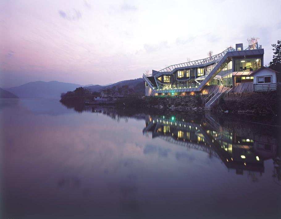 Contemporary-Property-South-Korea-00
