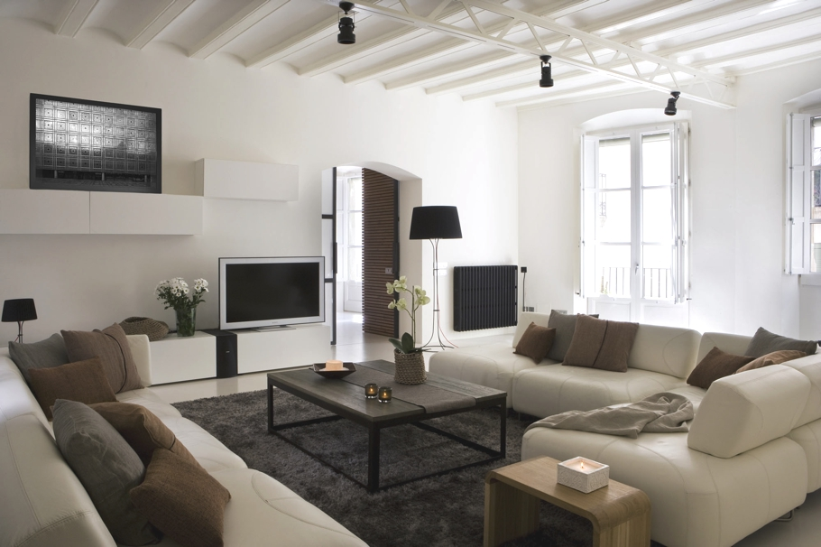 Contemporary-Spanish-Apartment-Barcelona-00