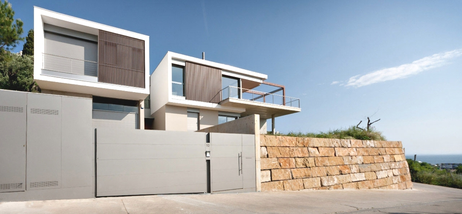 Contemporary-Spanish-Property-00