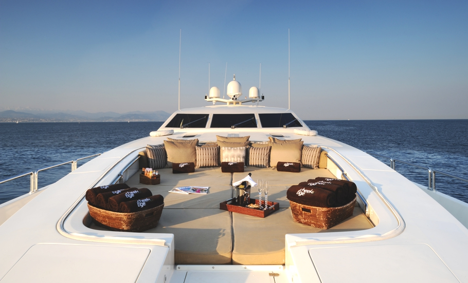 Luxury-Yacht-Cheeky-Tiger-02