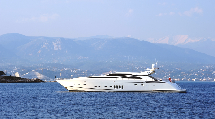 Luxury-Yacht-Cheeky-Tiger-08