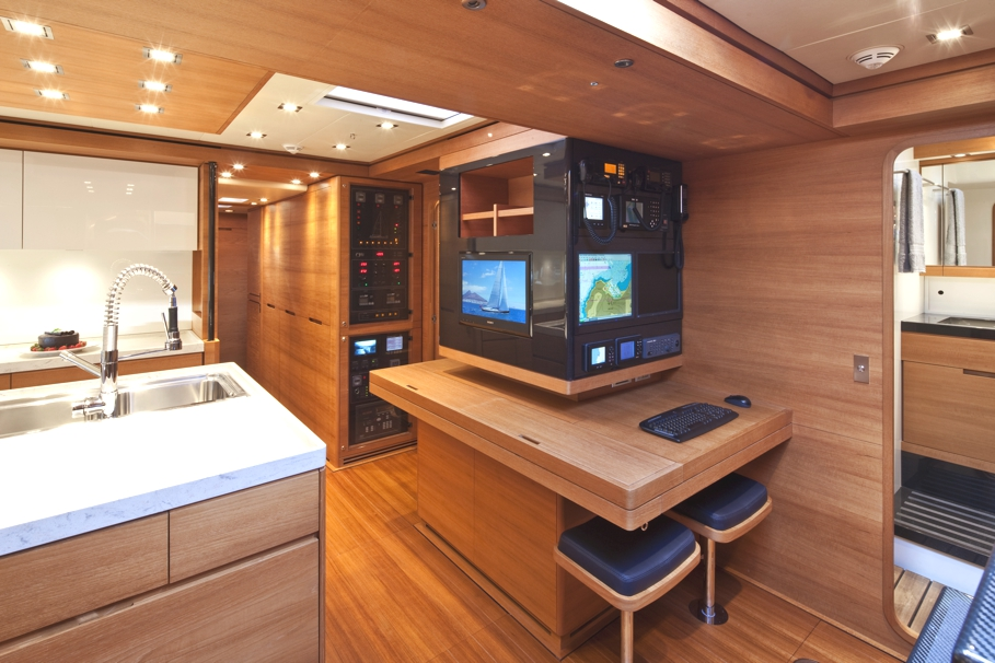 Luxury-Yacht-Thalima-01