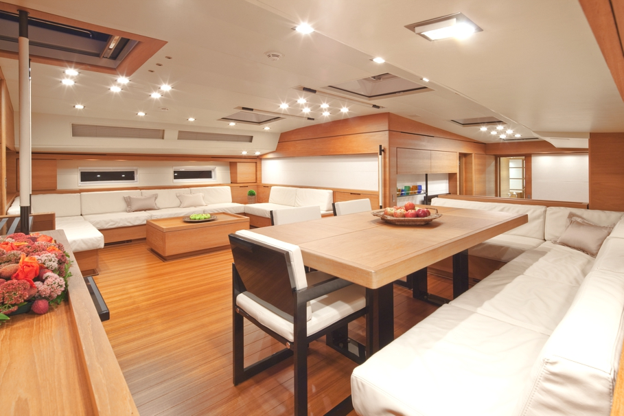 Luxury-Yacht-Thalima-04