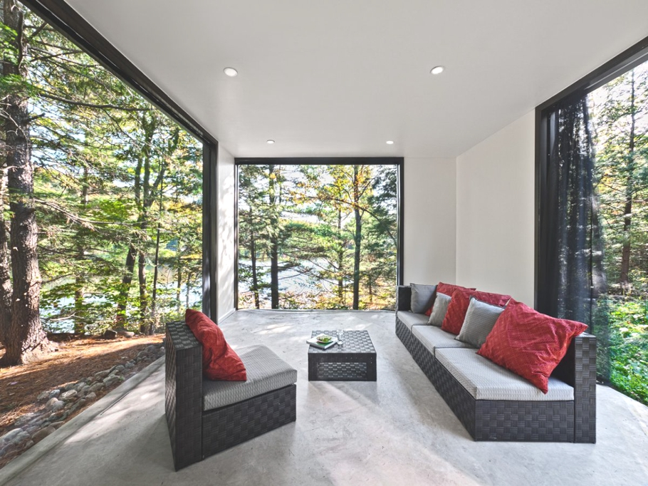 Contemporary-Property-Canada-06