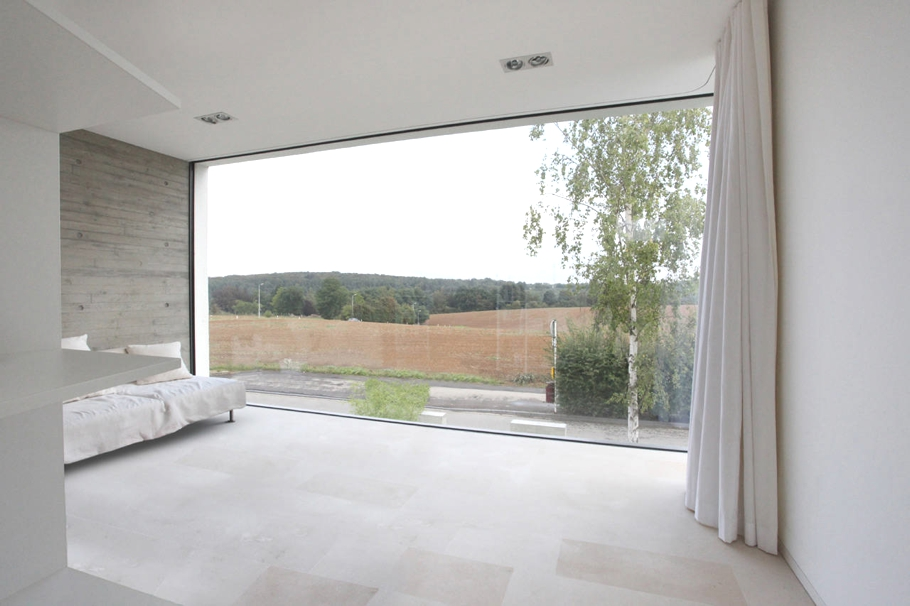 Contemporary-Property-Luxembourg-11