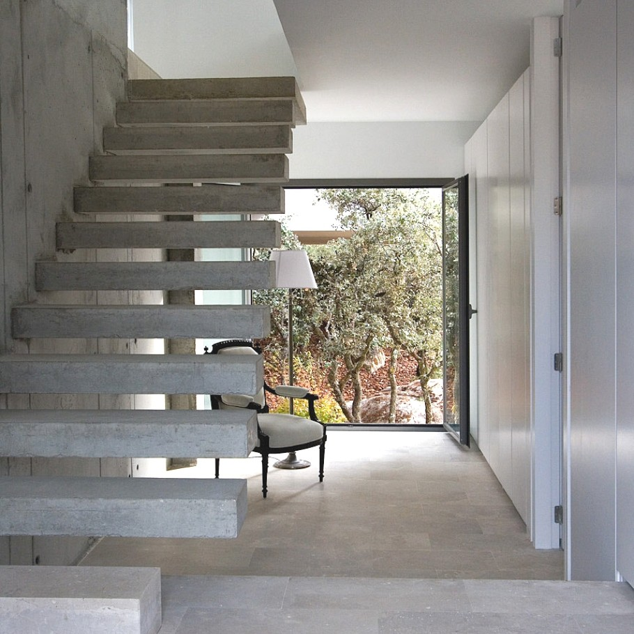 Contemporary-Property-Spain-10