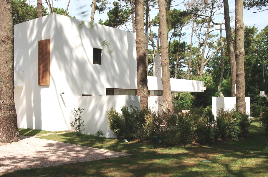 Contemporary-Property-Uruguay-01