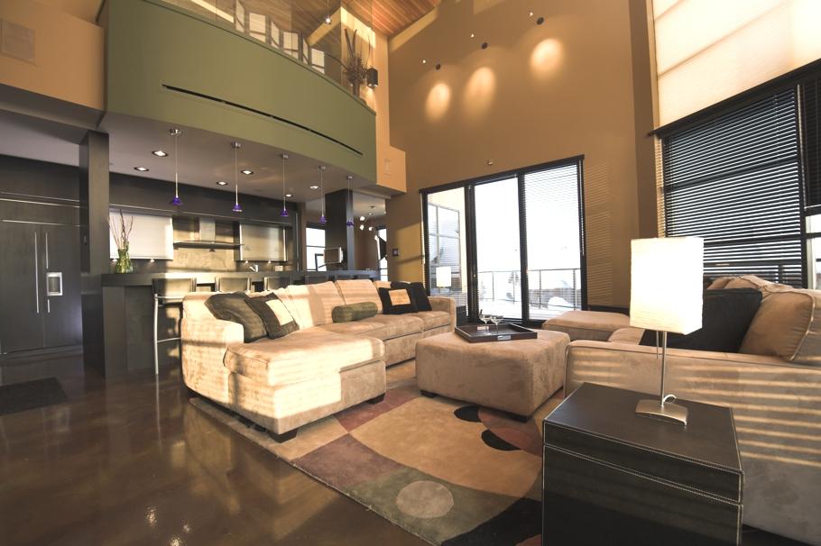 Luxury-Holiday-Villa-Canada-00
