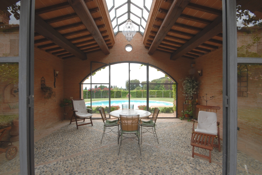 Luxury-Tuscan-Villa-03